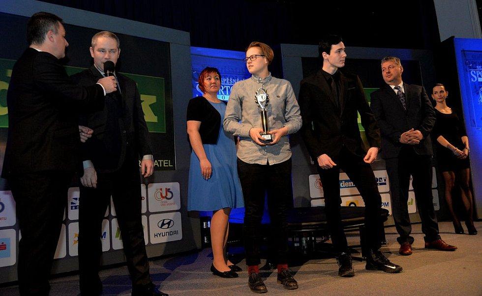 Kickboxeři z kadaňského klubu SK Kosagym brali první místo v kategorii Kolektiv mládeže.
