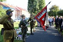 Chomutov si připomenul legionáře, generála a obránce Prahy Karla Kutlvašra.