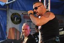 Tomáš Hnídek alias Ortel při koncertu v Měděnci v roce 2017