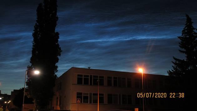 Uplynulou neděli, 5. července večer, se nad Evropou od Skandinávie až po Jadran rozsvítila nádherná noční svítící oblaka (NLC).
