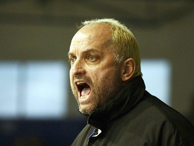Trenér KLH Chomutov Vladimír Kýhos.