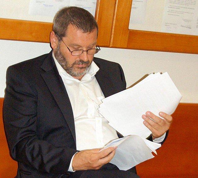 Bývalý senátor a exstarosta Chomutova u soudu.