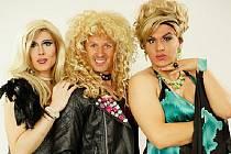 Trio Alex,Dolores a Stacey, které do Chomutova přiveze revue Techtle Mechtle.