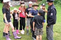 Táborníci v táboře na Bělidle v Seči se seznámili s jednotlivými složkami integrovaného záchranného systému.