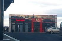Kasino v otvické nákupní zóně