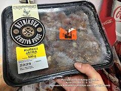 Špatně skladovaným potravinám hrozila kontaminace bakteriemi.