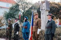 Setkání 28. října u sochy T. G. Masaryka na stejnojmenném náměstí v Chomutově.