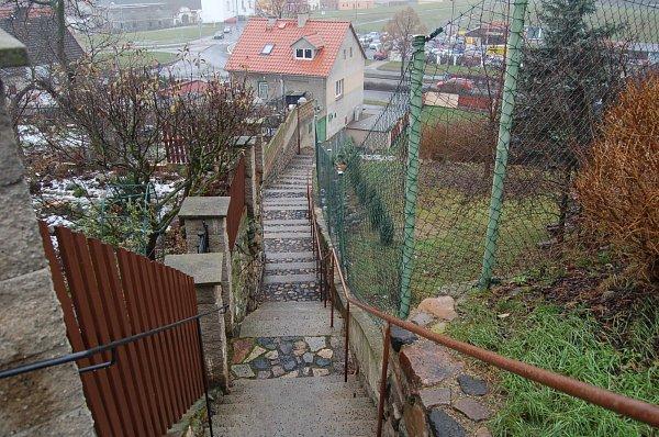 Klášterní schody vKadani.
