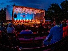 Koncert Letní filharmonie v chomutovském letním kině