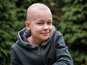 Jedenáctiletý Matyáš podstoupil náročnou léčbu