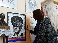 Ve středu odpoledne už obraz dělal radost i studentům jirkovského gymnázia.