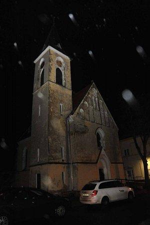 Opravený kostel vOtvicích.