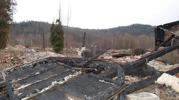 Pozůstatky bývalé ubytovny Korea v Klášterci nad Ohří.