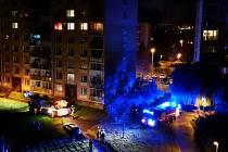 Noční požár na Písečné v Chomutově
