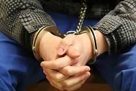 Krádež bílé čokolády a gumových medvídků stačila na to, aby šestatřicetiletý Tomáš Vítů z Třeště na Jihlavsku skončil před soudem. Ilustrační foto