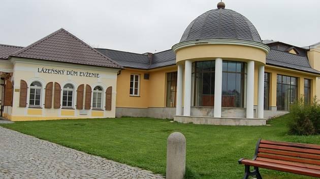 Lázeňský dům Evženie v Klášterci nad Ohří.