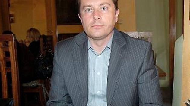 T. ŠROUBEK: Někdo si myslí, že politik rovná se zloděj.