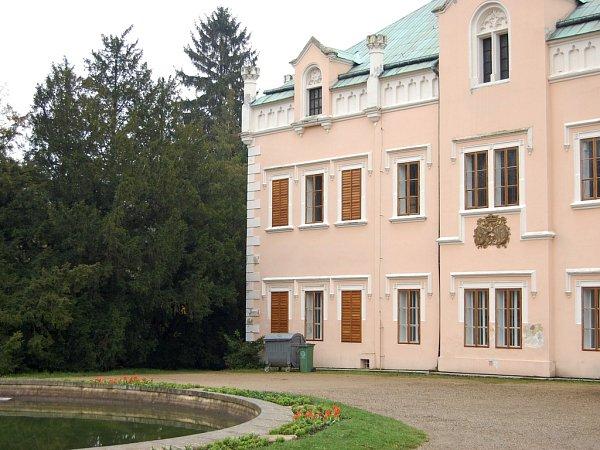 Klášterecký zámek.