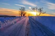 Západ slunce u Výsluní na Chomutovsku, 20. ledna 2019