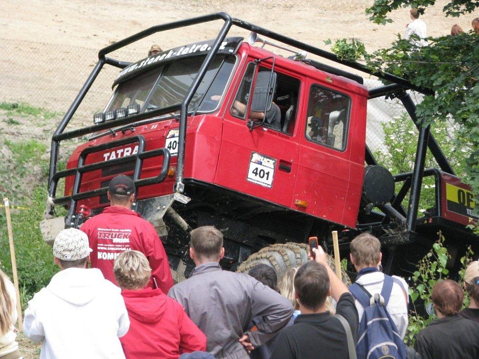 Truck Trial představoval adrenalinovou podívanou.