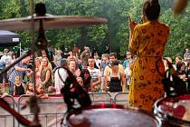 Finále festivalu Otevřeno. Klara & The Pop