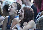 Mladé fanynky potěšila hlavně skupina Mandrage.