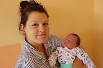 Lukáš Kučera se narodil 5. června 2017 ve 13.23 hodin rodičům Janě a Tomáši Kučerovým z Chomutova. Vážil 4,35 kg a měřil 54 cm.