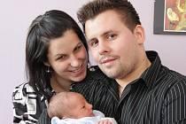 Mamince Lucii a tatínkovi Davidovi Hankovým z Kadaně se 24.11. 2009 ve 23.45 hodin narodil syn Tadeáš. Chlapeček po narození měřil 50 centimetrů a vážil 3,150 kilogramů.