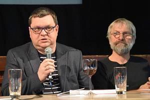 Historik Petr Hlaváček (vlevo) a evangelický farář a spisovatel Petr Pazdera Payne