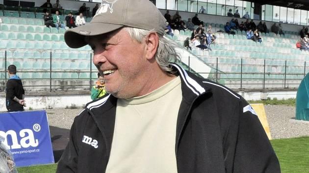Poznáte bývalého fotbalistu a trenéra Chomutova?