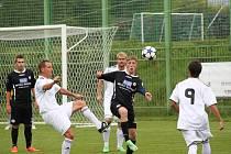 1. FC Spořice - SK Viktoria Lom 4 : 1, domácí v bílém