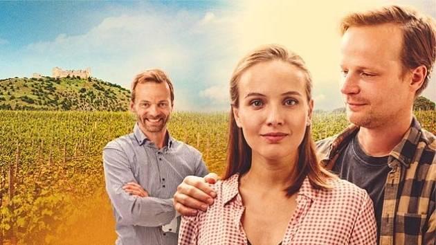 Novinkou v kinech je český film 3Bobule.