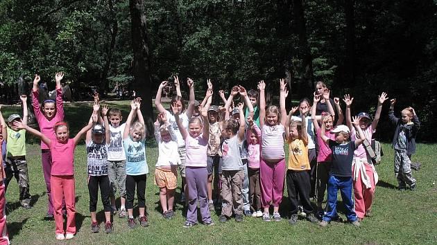 Děti na ekotáboře zooparku.