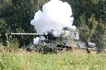 Na ruské straně stál i tank.