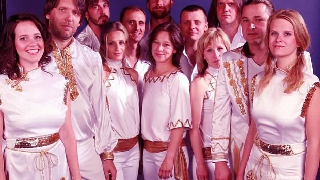 Z vystoupení ABBA revival.