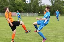 I. B třída: Černovice - Černčice 2 : 0, domácí v modrém.