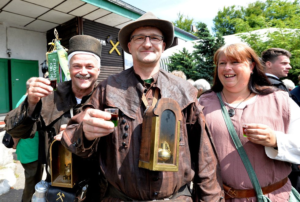 Na Měděnci si připomínali horníky a oslavili výročí založení.