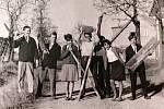 V dalším dílu seriálu Jak jsme žili navštívíme Základní uměleckou školu T.G.Masaryka v Chomutově. Podíváme se až do 60. a 70. let.