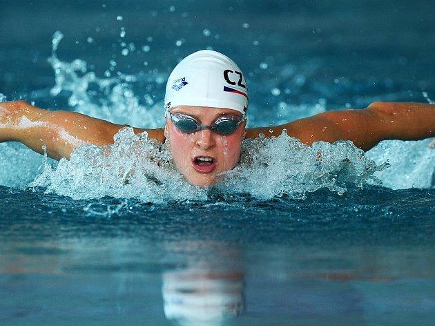 Simona Baumrtová plave vPardubicích po další medaili.