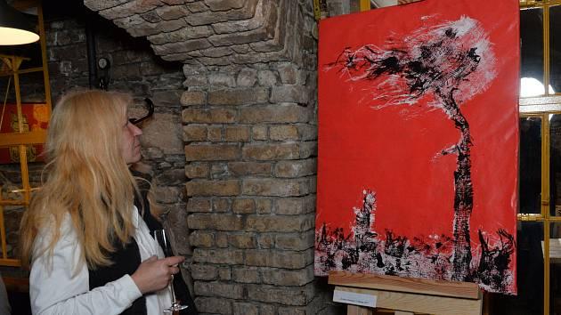 V restauraci Republika byla zahájena vernisáž umělců Šporgyho a Němce.Text dodá Minářová nebo Šebestová.