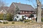 Kulturní dům Horalka Blatenským nestačí. Obec koupila dům v Radenově a chce ho využít jako komunitní centrum.