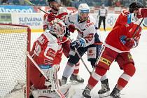 Piráti Chomutov (v bílém) doma hostili v posledním utkání základní části Moru Olomouc.