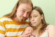 27.6. 2008 se v 7.55 hodin v chomutovské nemocnici narodila malá Adriana Jünglingová. Maminku Andreu Bodlákovou a tatínka Tomáše Jünglinga potěšila mírami 49 centimetrů  a 2,80 kilogramů.