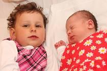 Mamince Petře Frantové z Chomutova se 21.4. 2009 v 7.46 hodin narodila dcerka Anežka Frantová. S Anežkou se v nemocnici vyfotila i tříletá sestřička Libuška. Malá Anežka měla při narození 51 centimetrů a váží 3,6 kilogramů.