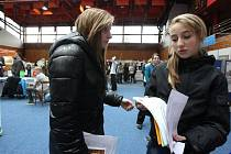Výstava Vzdělávání 2012 v chomutovské sportovní hale.