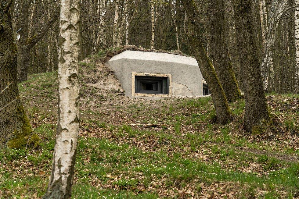 Oprava bunkrů Na Kočičáku u Chomutova.