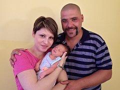 Tomáš Latocha se narodil 26. srpna 2017 v 8.24 hodin rodičům Monice Maškové a Tomáši Latochovi z Chomutova. Ti se měli shodou okolností právě v tento den brát. Syn měřil 52 cm a vážil 3,25 kg.