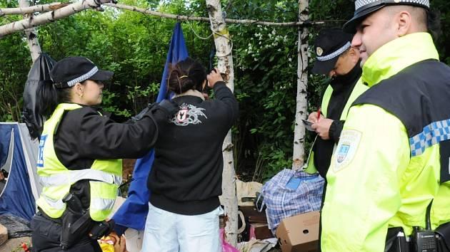 Ze zátahu městské policie byli bezdomovci rozladění.