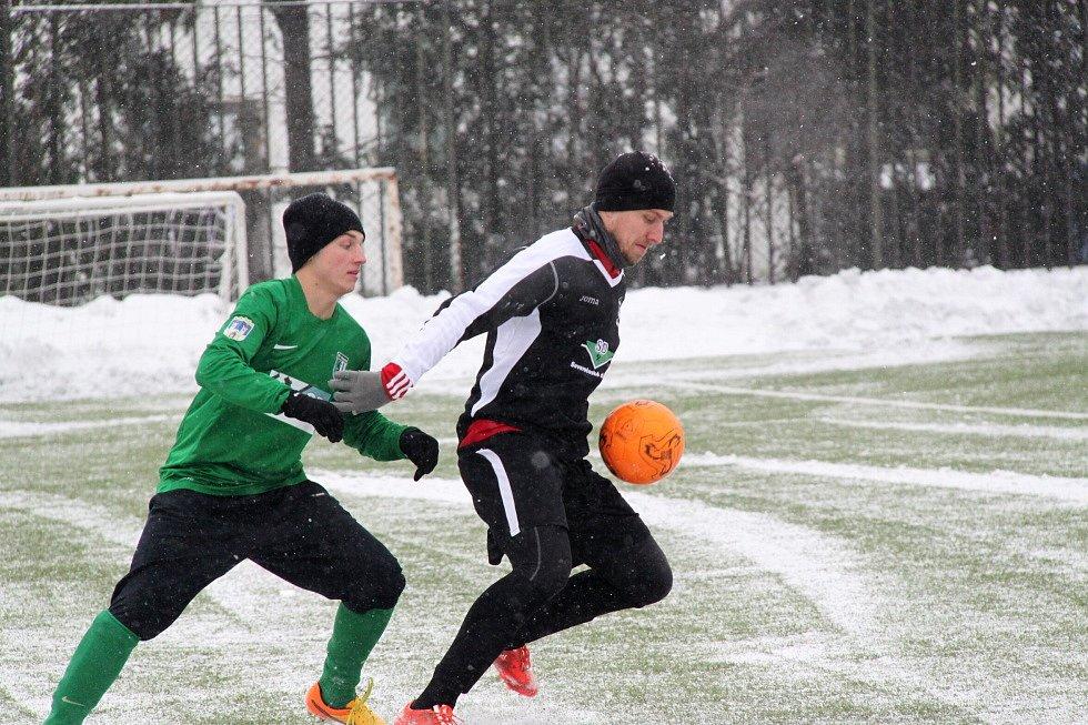 FC Chomutov porazil v druhém přípravném utkání Tatran Kadaň 6:1.
