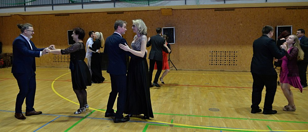 Myslivecký ples ve Spořicích